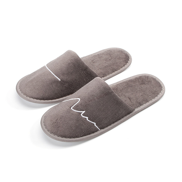Classical custom velvet airplane comfort slippers for men