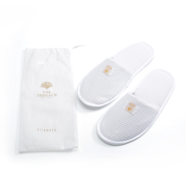 Shoe manufacturer close toe slippers waffle slipper with bag